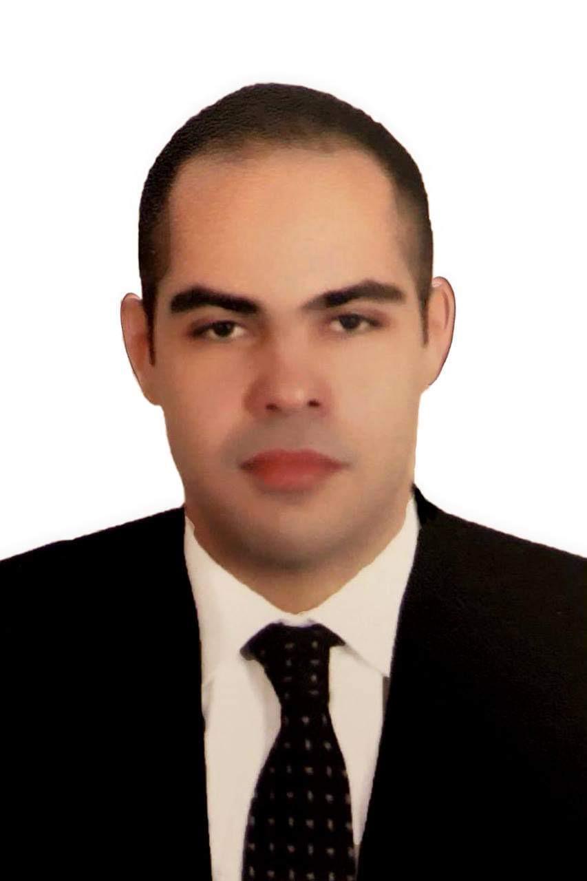 محمود ممتاز