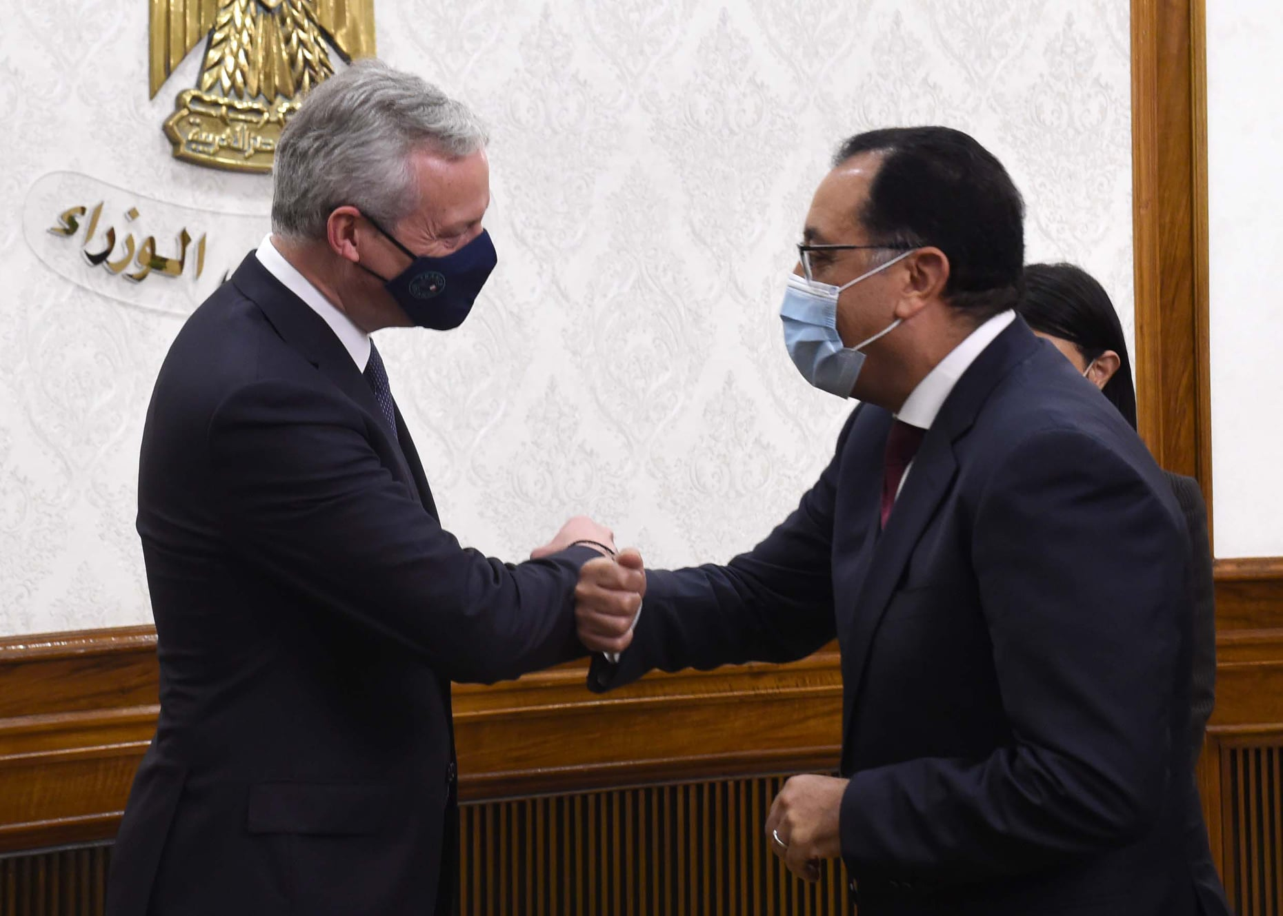 مصر توقع اتفاقًا مع فرنسا بـ1.7 مليار يورو لتنفيذ مشروعات تنموية