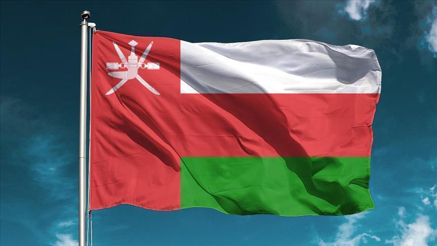 سلطنة عمان تفتح الأنشطة التجارية وتعيد حركة الأفراد والمركبات