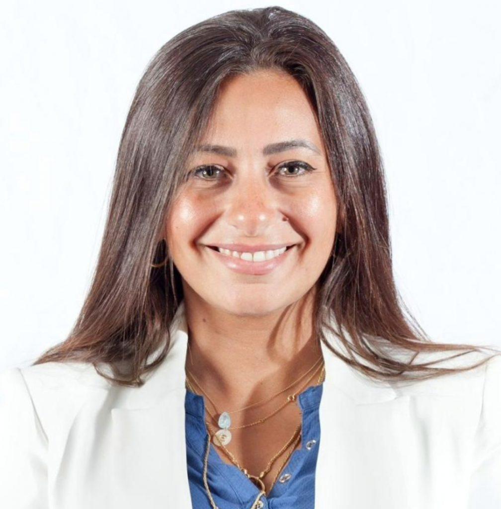 انضمت إيمان الجمل لشركة فيزا العالمية للمدفوعات الرقمية، كمدير للإتصال المؤسسى في منطقة شمال أفريقيا والمشرق و باكستان.